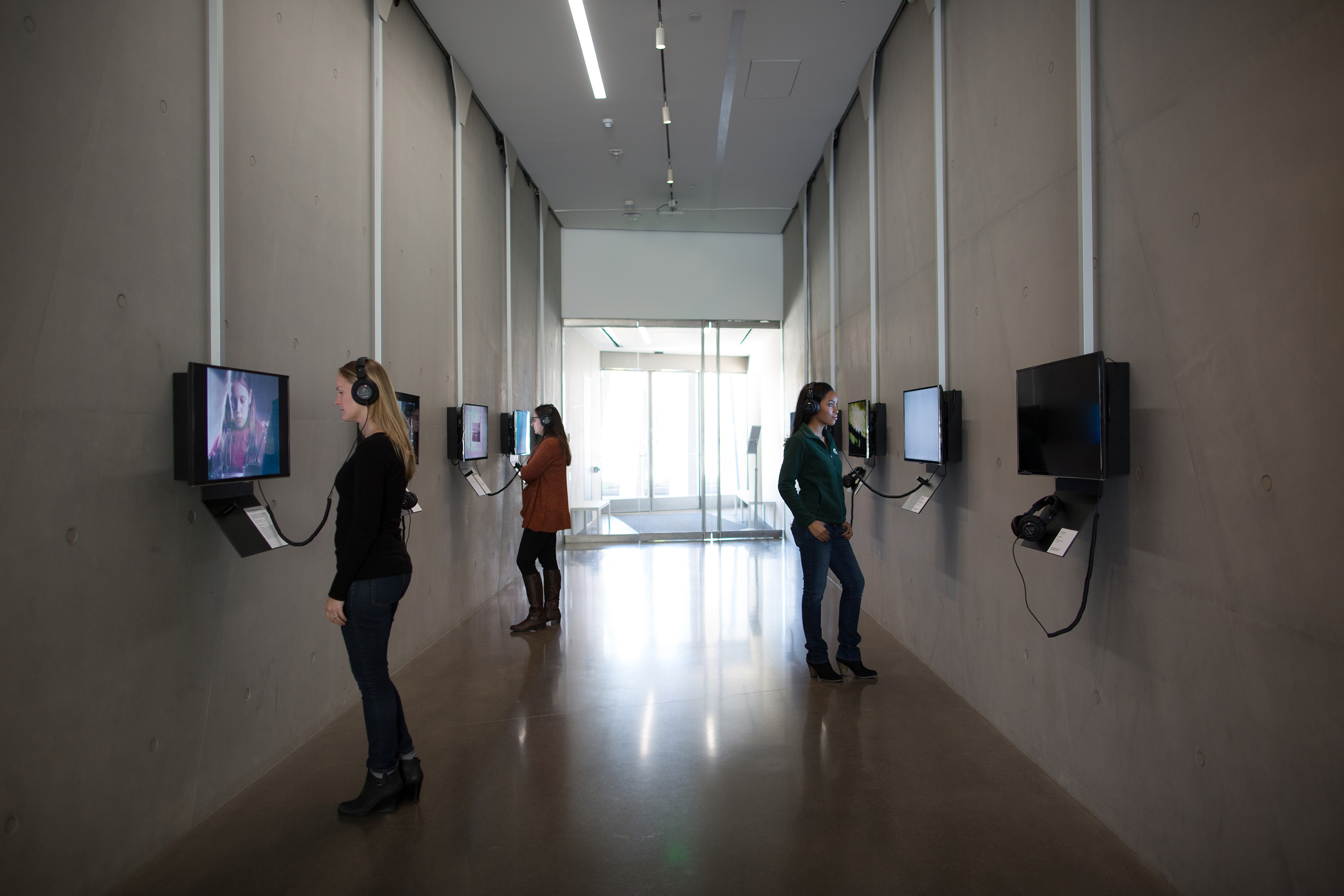 <i>Moving Time: Video Art at 50, 1965–2015</i>, installation view at the Eli and Edythe Broad Art Museum at Michigan State University, 2015. Photo: Eat Pomegranate Photography