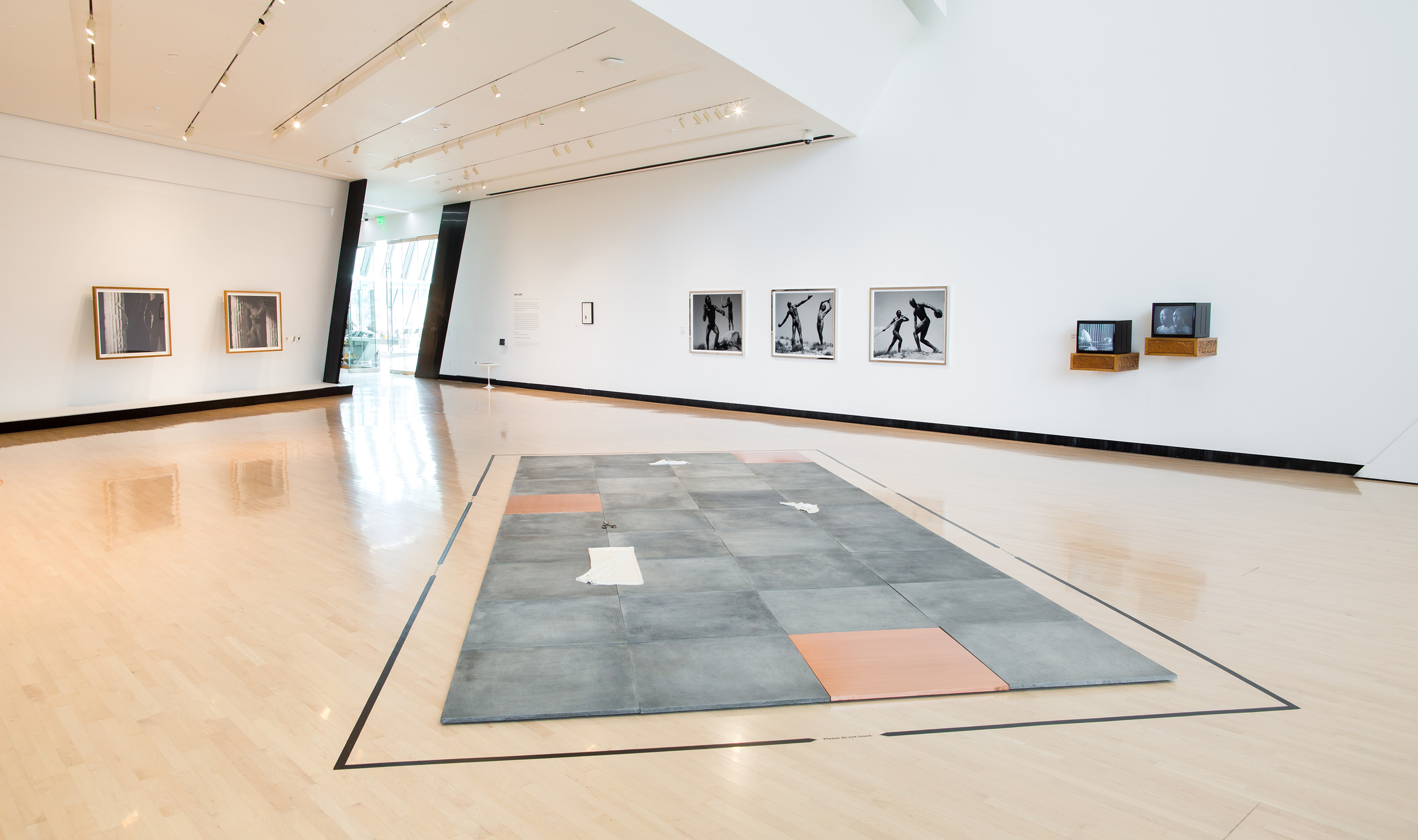 <i>Yan Xing</i>, installation view at the Eli and Edythe Broad Art Museum at Michigan State University, 2016. Photo: Eat Pomegranate Photography